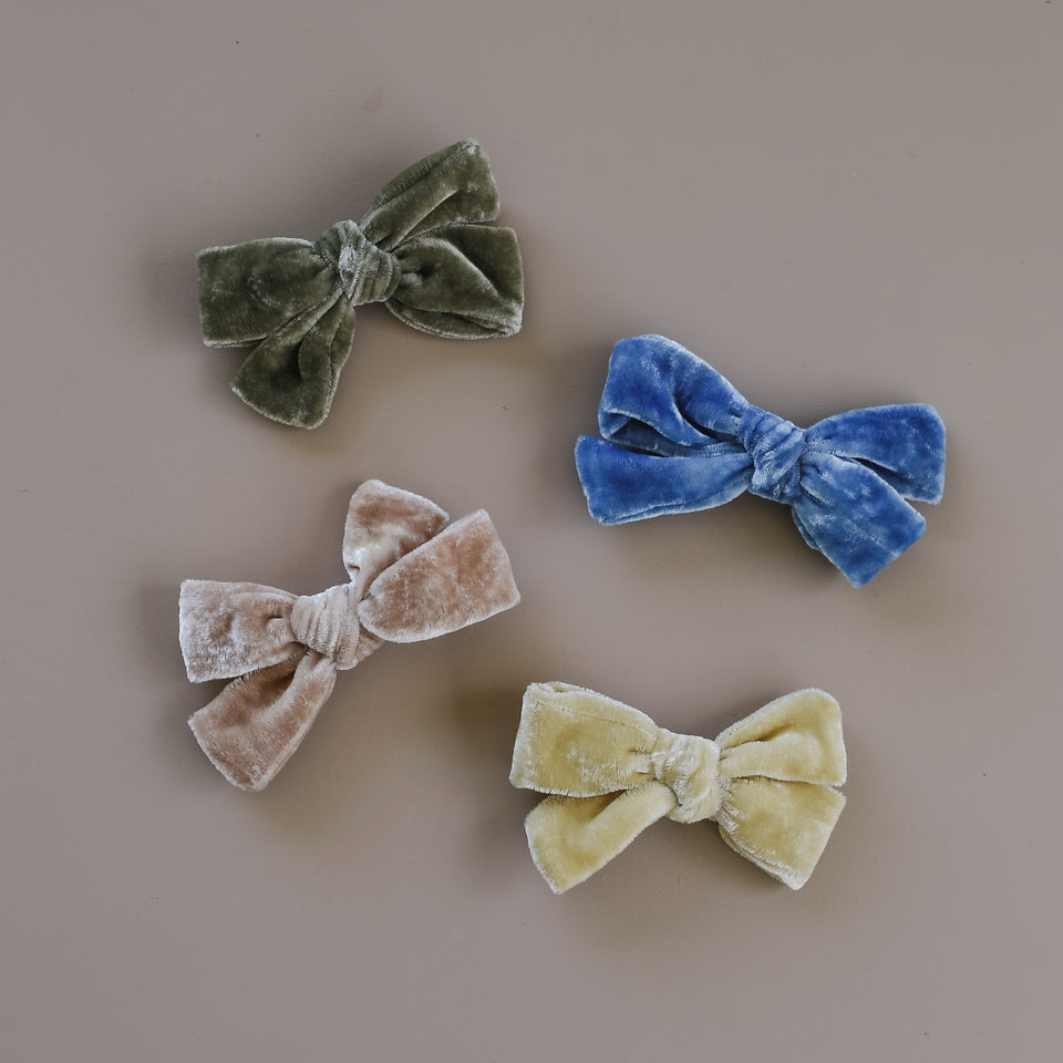 Velvet Mini School Girl Bow (Single)