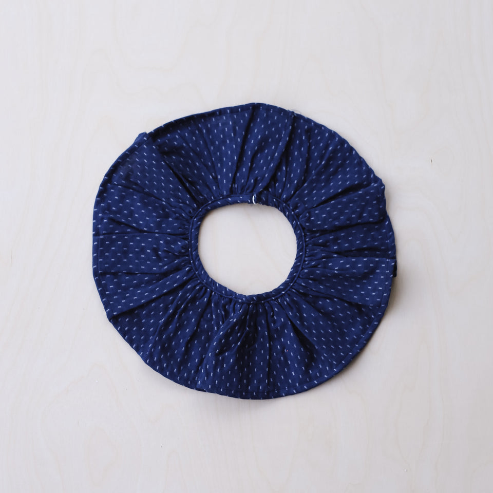 Columbine Collar (Blue Woven Dots)