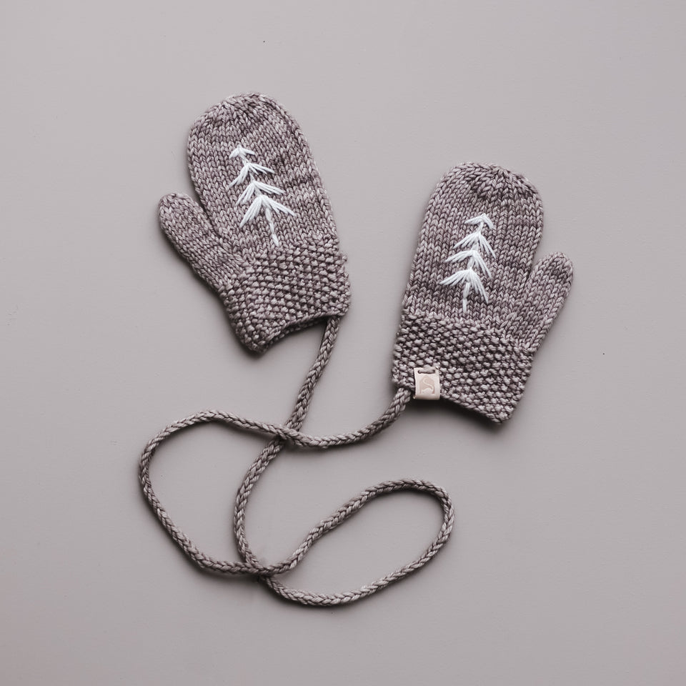 Forest Mitts (Fawn)
