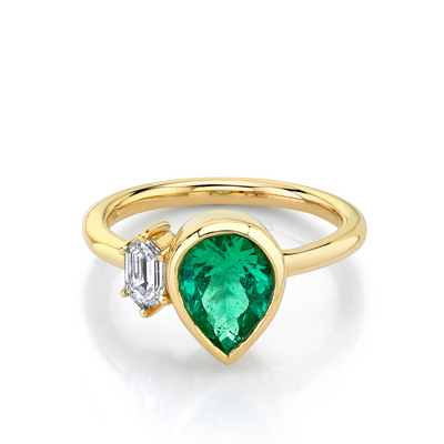Emerald & White Diamond Toi et Moi Ring