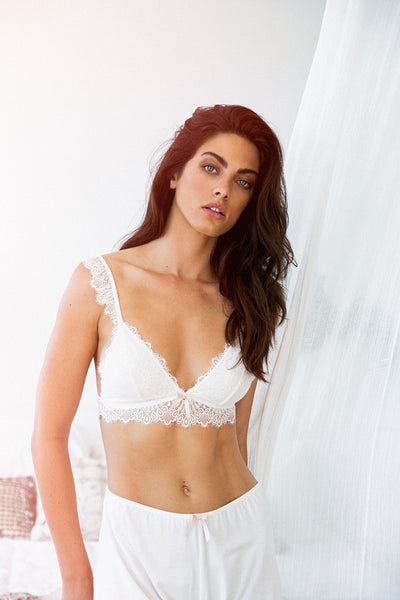 Petra Bralette - White - Homebodii US