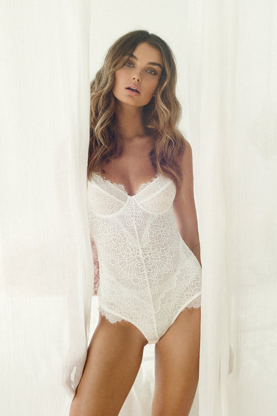 Emilia Bodysuit - White - Homebodii US