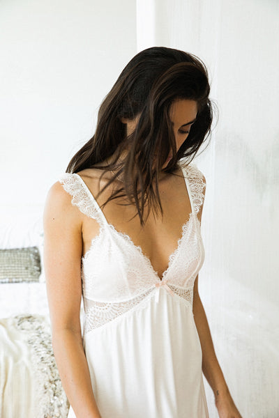 Petra Nightie - White - Homebodii US