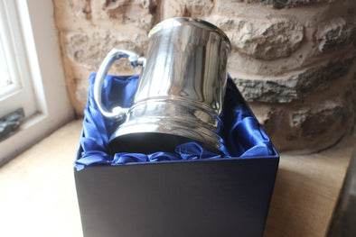 Tankard Silk lined Box