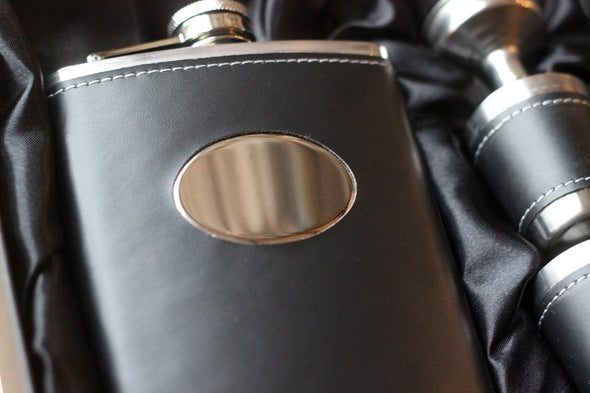 personalised hip flask with tumblers