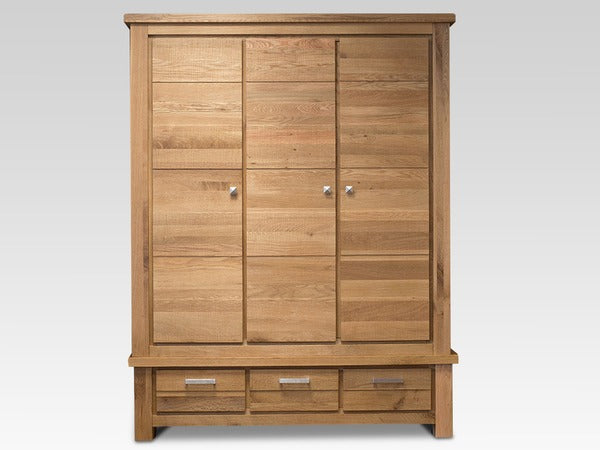 DiMarco Oak 3 Door Triple Wardrobe Part Assembled - ImagineX Furniture & Interiors