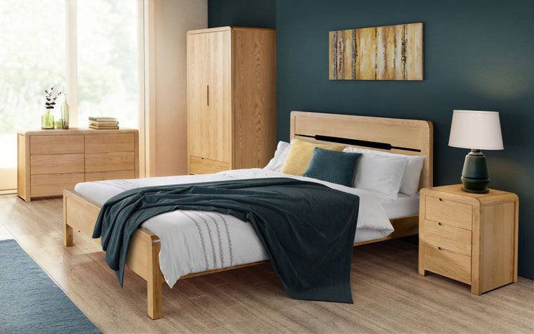 Julian Bowen Curve Oak 4'6 Double Bed Frame