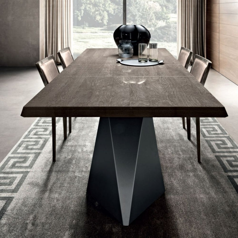 50+ Extendable Rectangular Dining Table