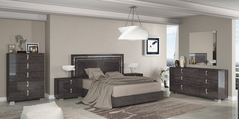 Sarah Grey Birch Italian Full Bedroom Set