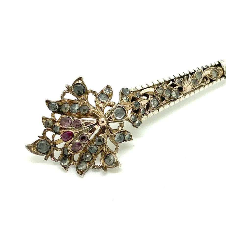 1900 Brooch Antique 1900 Jargoon Ruby Sapphire Silver Gilt Kondakoora Brooch