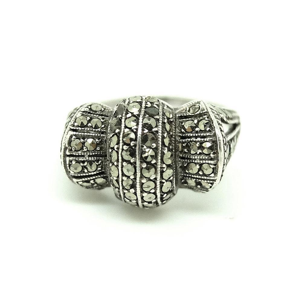 Vintage 1930s Art Deco Bow Marcasite Silver Ring