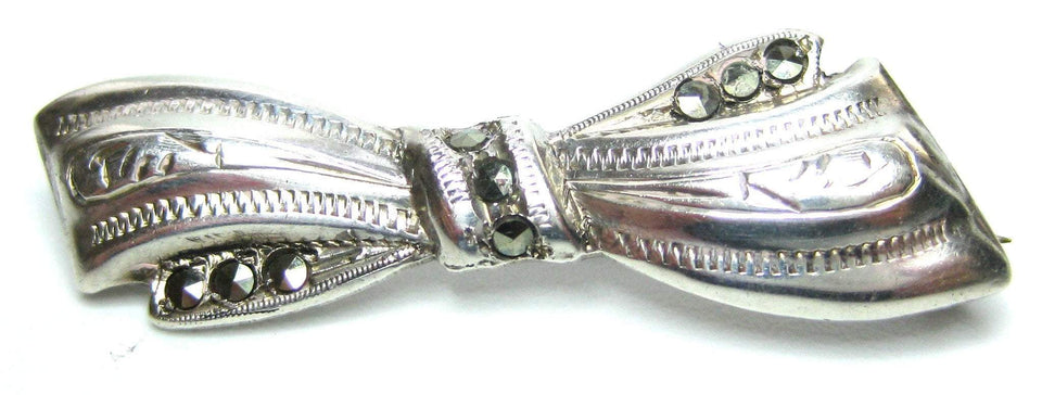 Vintage 1940s Silver & Marcasite Bow Brooch