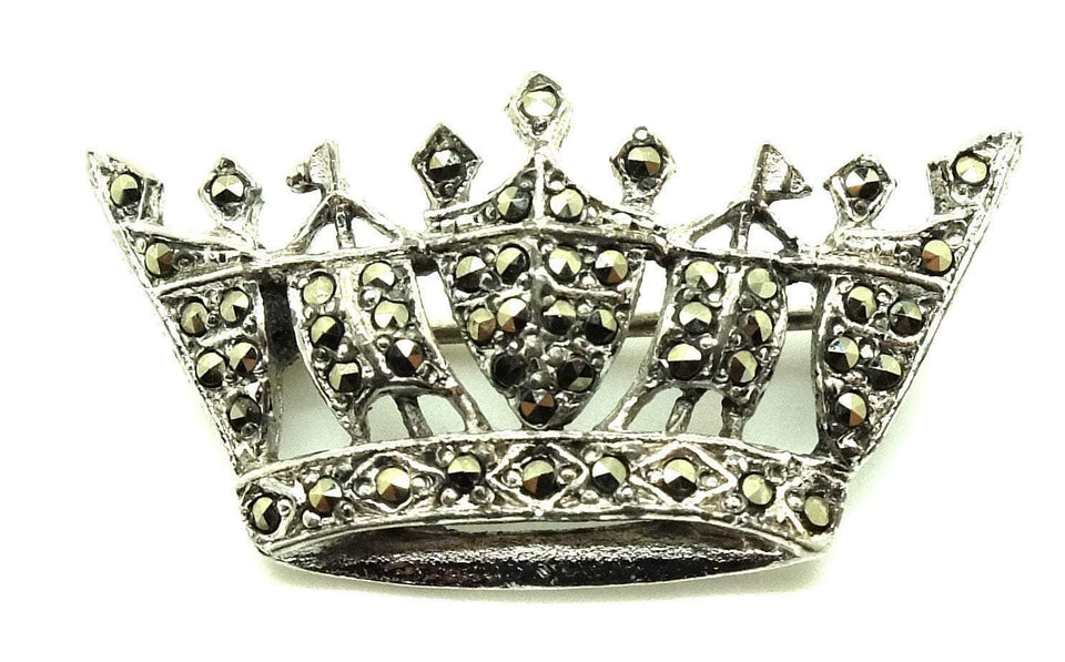 Vintage 1950s Marcasite Crown brooch