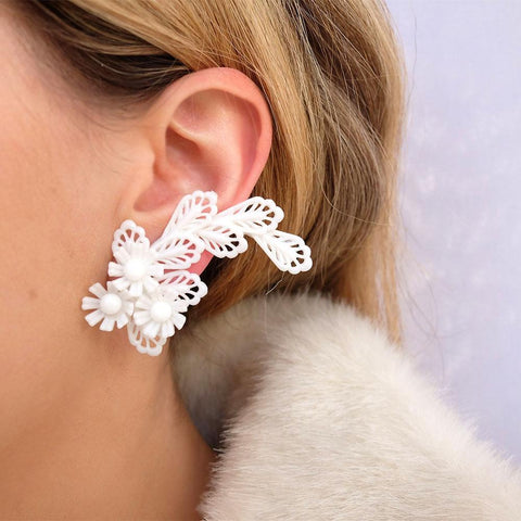 Vintage 1950s Floral White Crawler Clip Earrings