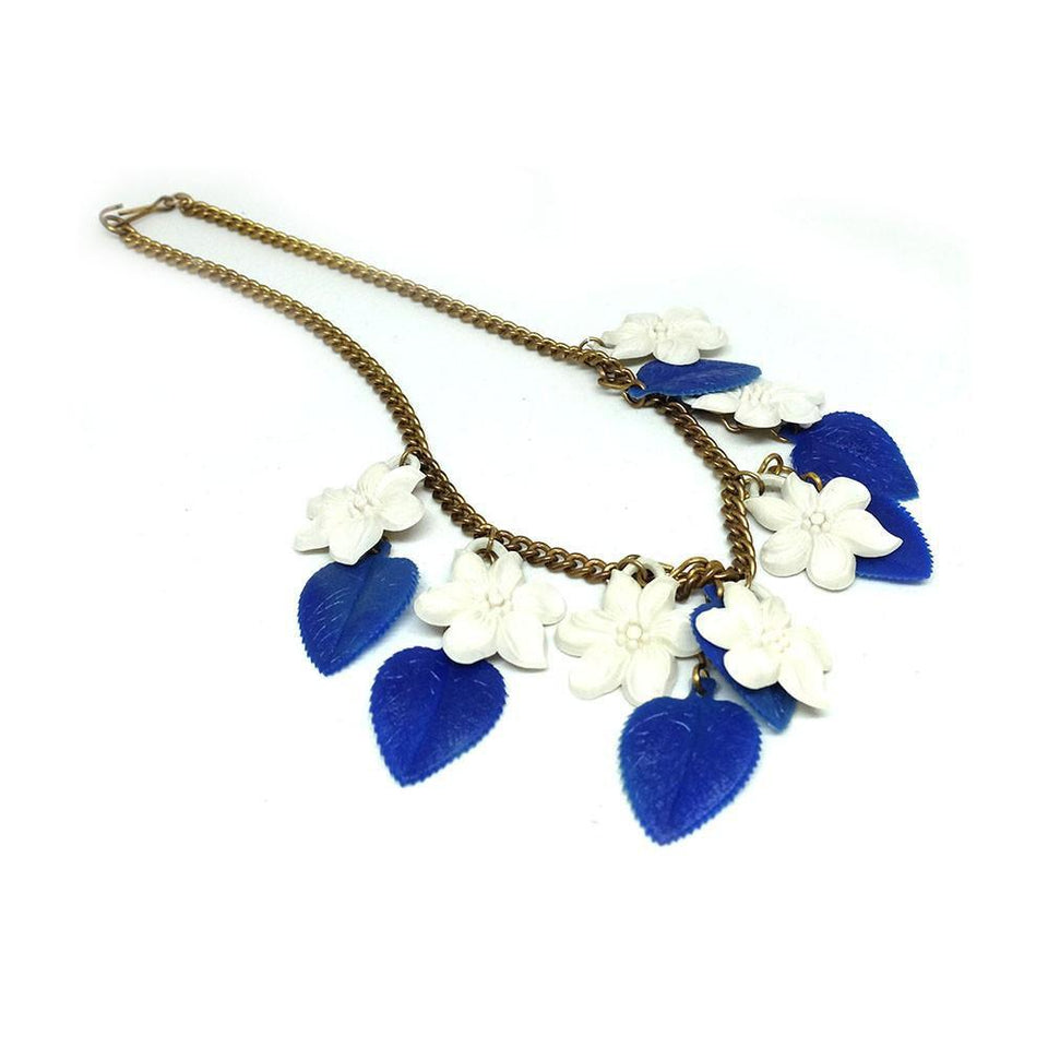 Vintage 1950's Blue & White Flower Necklace