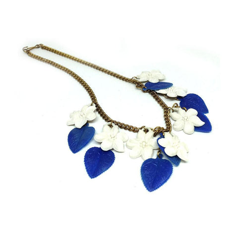Vintage 1940's Milk Glass Flower Necklace