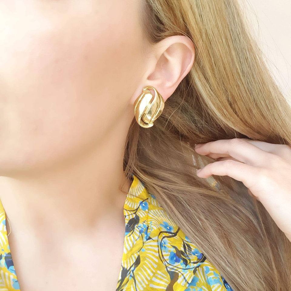 1960s Earrings Vintage 1960s Gold Swirl Clip Earrings
