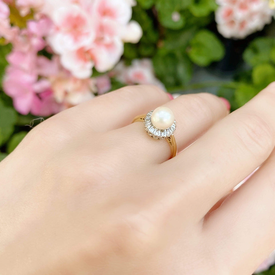 1960s Ring Vintage 1960s Diamond Pearl 18ct Gold Ring