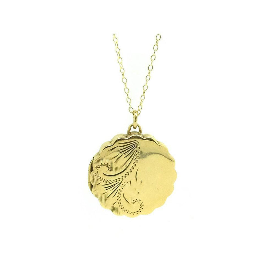 Vintage 1970's Scalloped 9ct Yellow Gold Locket Necklace