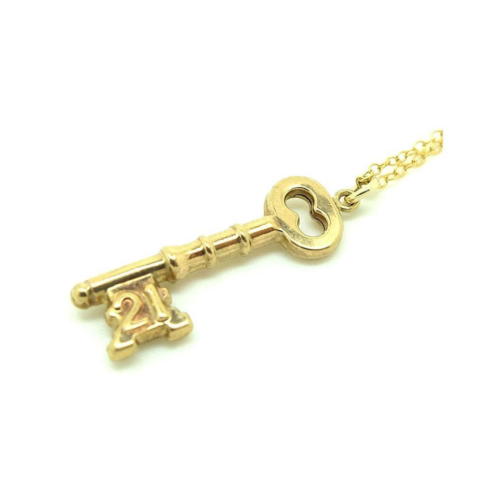 Vintage 1978 21st Birthday 9ct Gold Key Charm Necklace