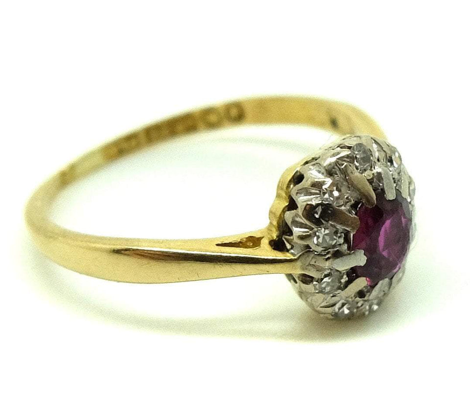 Vintage 1970s Diamond & Garnet Platinum Gold Ring (Size: L)