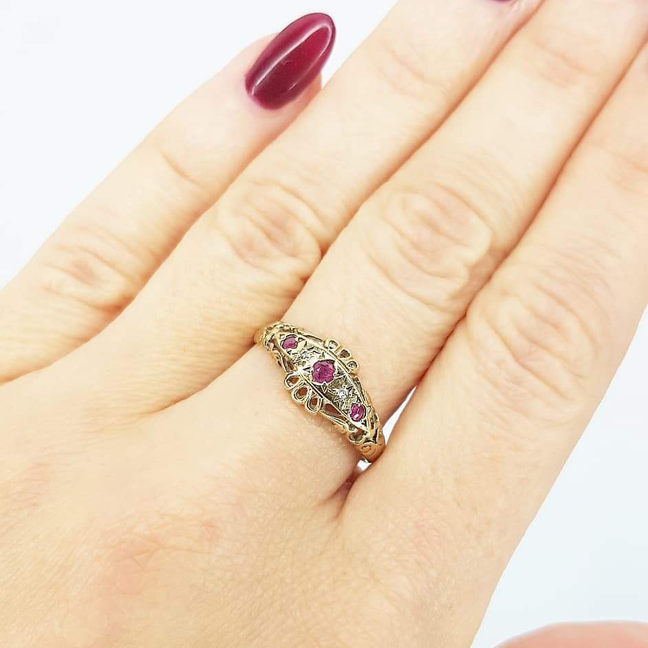 1980s Ring Vintage 1980s Diamond & Ruby 18ct Gold Ring