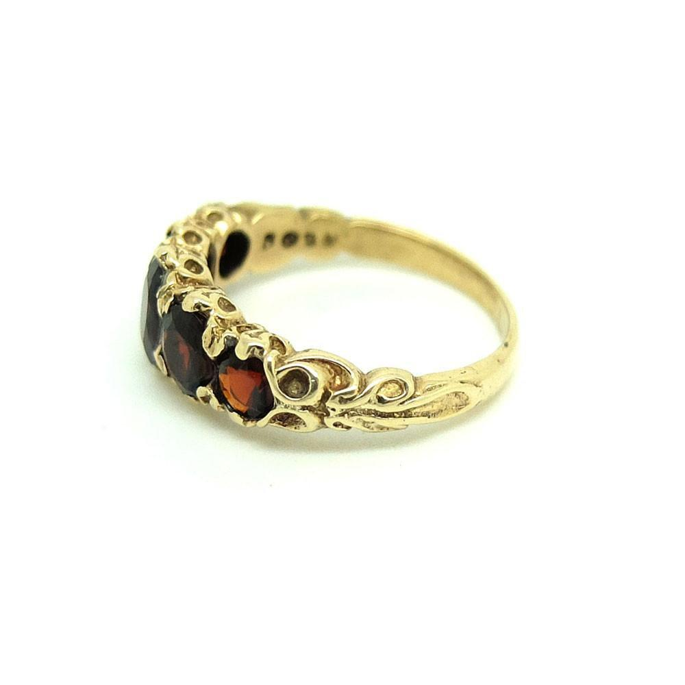Vintage 1985 Garnet 9ct Yellow Gold Gemstone Ring | L / 6