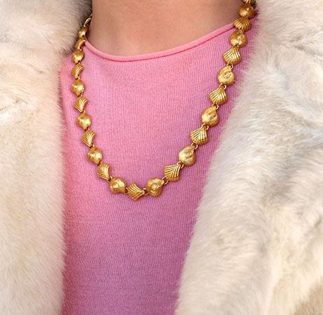 Vintage 1980s/90s Shell Necklace
