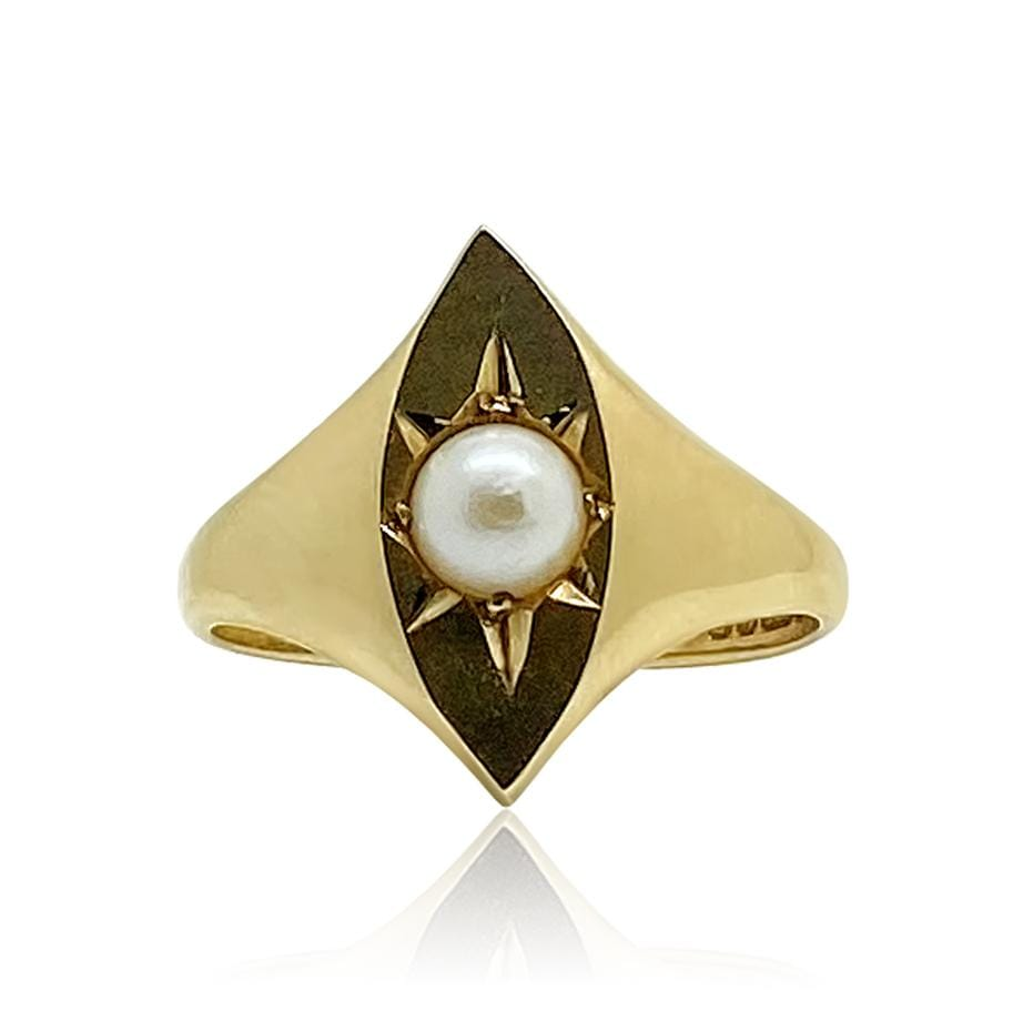 1990s Ring Vintage 1992 Pearl Star 9ct Gold Ring