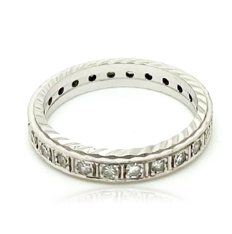 ART DECO Ring Art Deco 18ct White Gold Diamond Eternity Infinity Ring