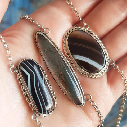 BY MAYVEDA Necklace Antique Victorian Scottish Banded Agate Silver Necklace