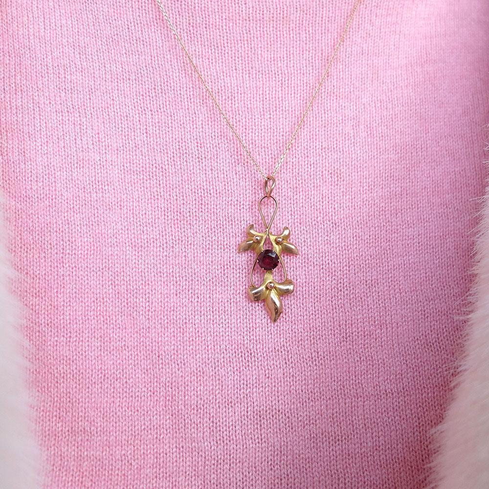 Antique Edwardian Rhodolite Garnet Rose Gold Necklace
