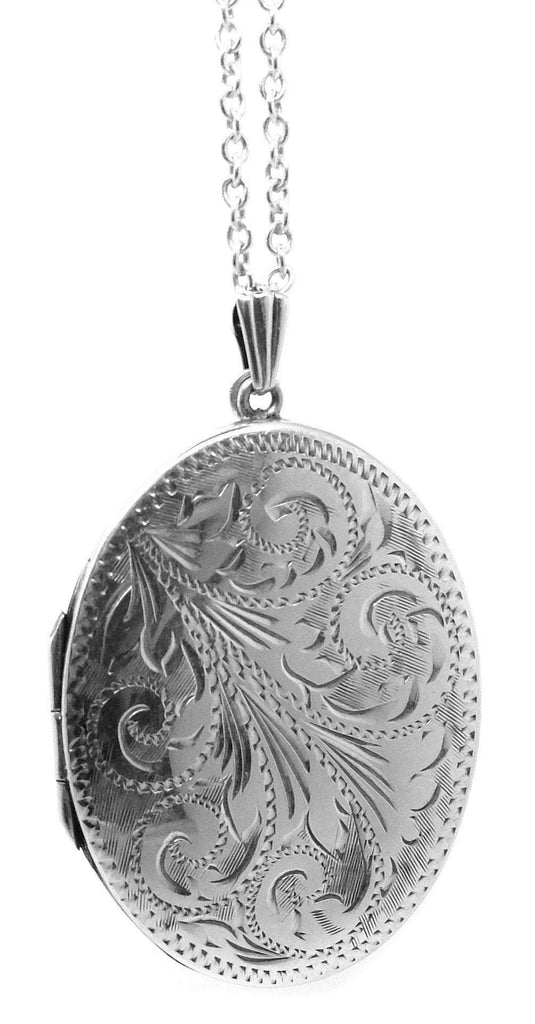 Vintage 1971 Large Oval Sterling Silver Locket