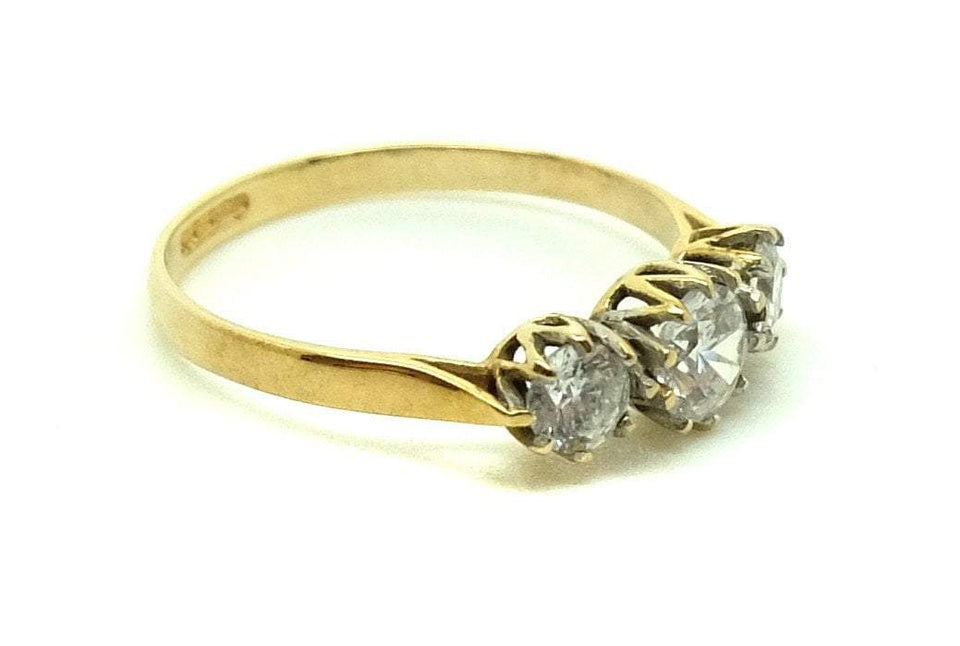 Vintage 1977 Three Stone 9ct Gold Ring (Size: M)