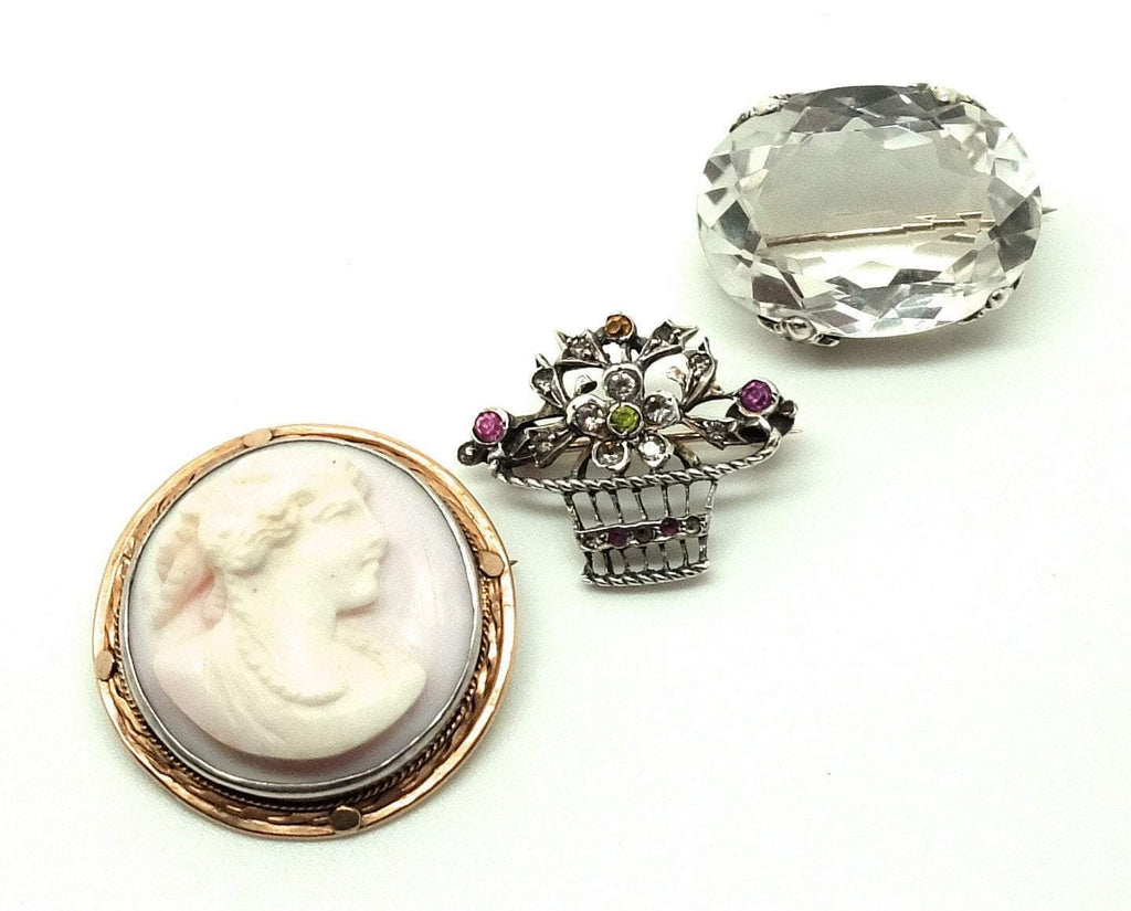 Antique Victorian (1837-1901) Angel Skin Coral Cameo Brooch