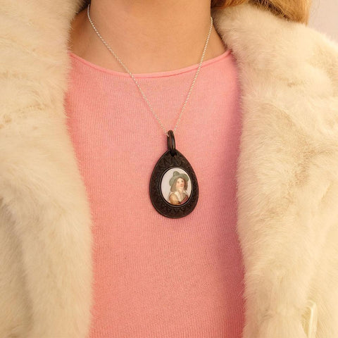 Antique Victorian Hand Painted Boy Horn Necklace