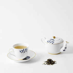 Tea for one – Details from Willow Gold
