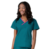 Teal green dentist uniforms, dental nurse uniforms and nurses uniforms with more designer features then ever before.