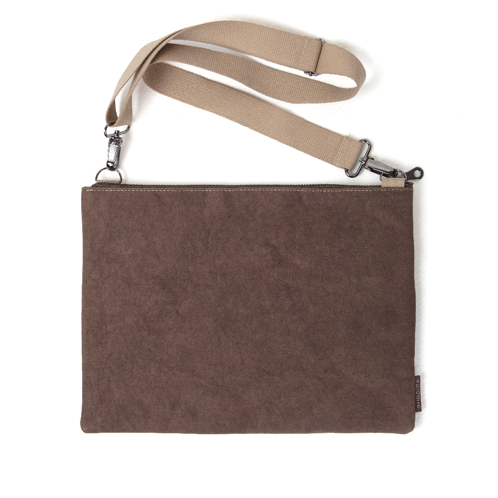 Picture of EPIDOTTE LAPTOP CASE WITH STRAP BROWN BİLGİSAYAR ÇANTASI