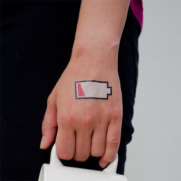 Picture of Tattly Low Battery Geçici Dövme