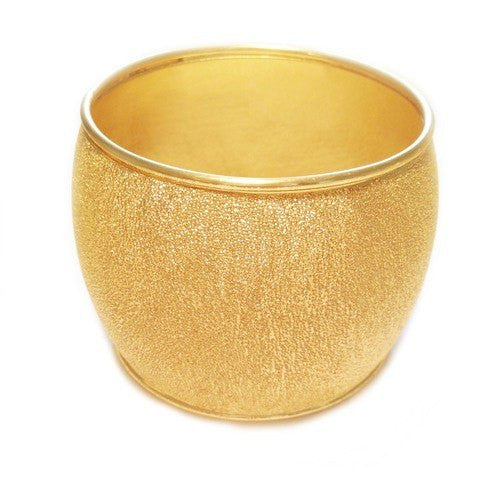 MONTECITO HAMMERED BANGLE