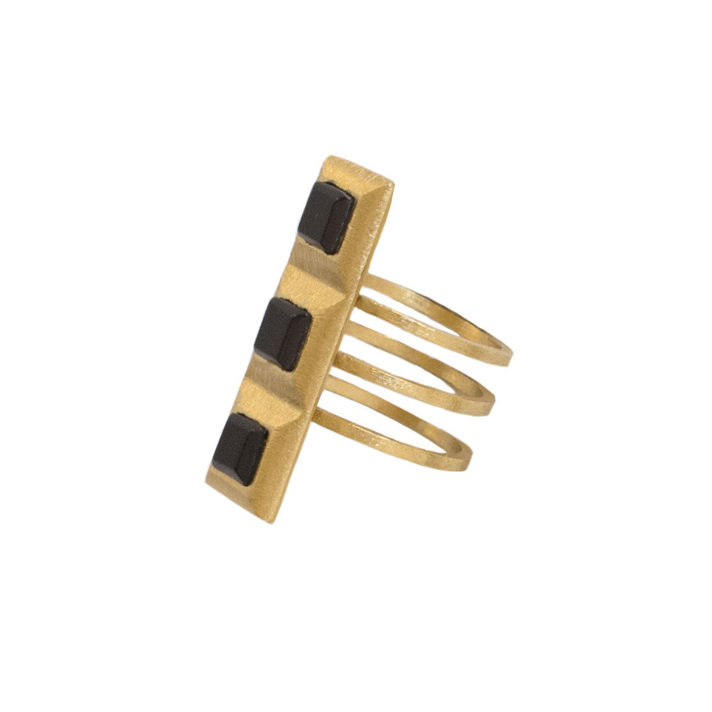 QUAD SQUARE RING