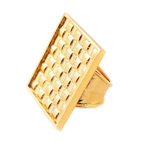 WOVEN SQUARE RING