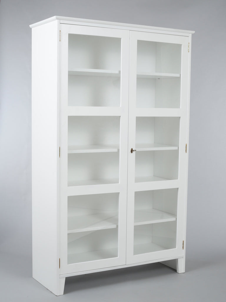 Scandinavian glass cabinet Glass display cabinet White  : White Glass door cabinet 11024x1024 from www.annabeau.co.uk size 768 x 1024 jpeg 39kB