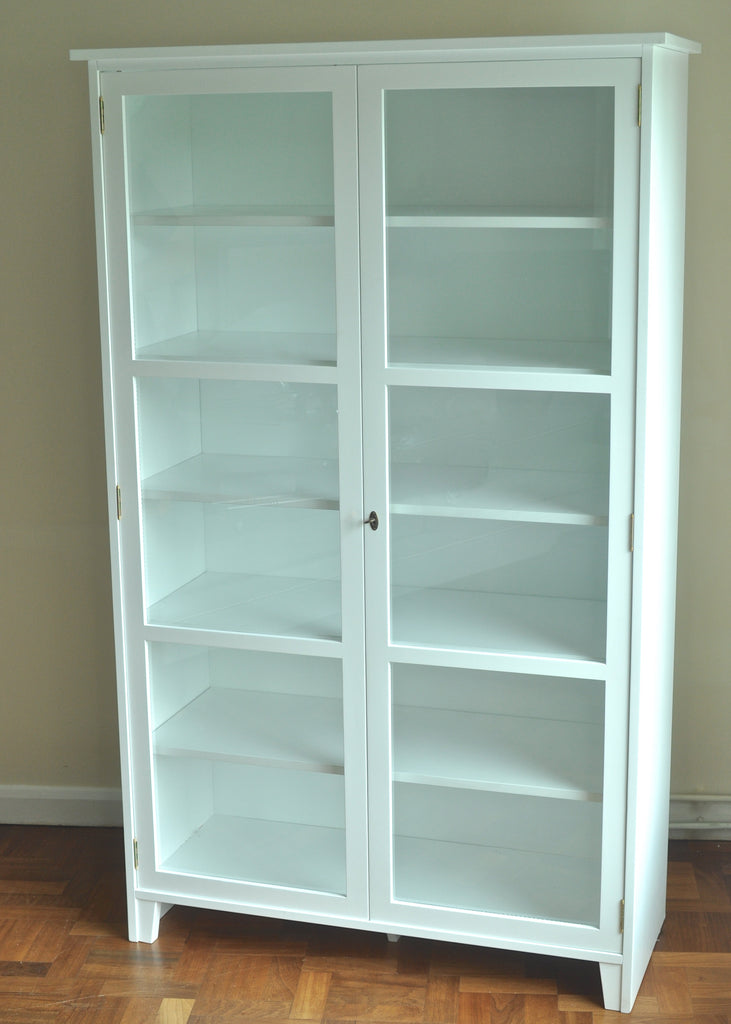 Scandinavian glass cabinet glass display cabinet white Glass cabinet doors