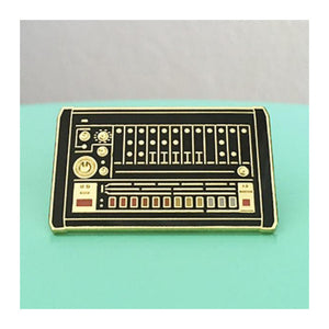 Enamel Pin : Charming Afternoon - 808 Drum Machine - MeMe Antenna