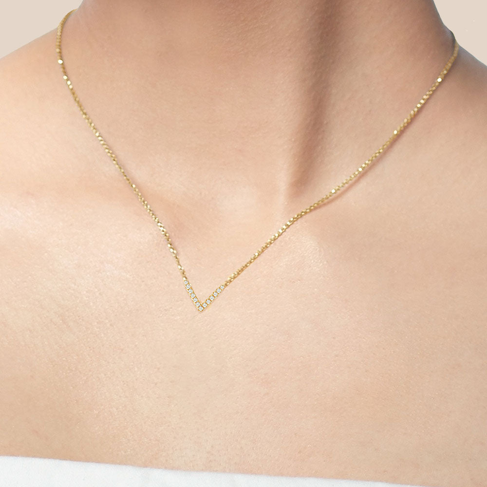 """My Vision"" 0.5CTW Pave V-Shape Necklace - Gold"
