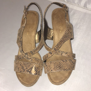 Aerosoles snake skin wedge sandal