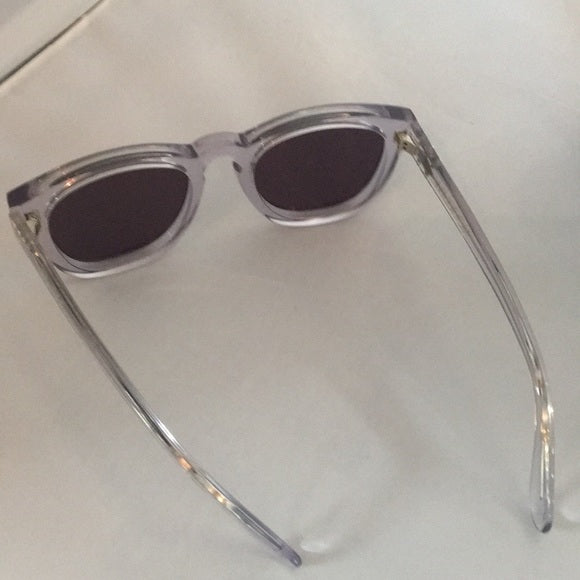 Wildfox Classic Fox Clear Sunglasses in Box