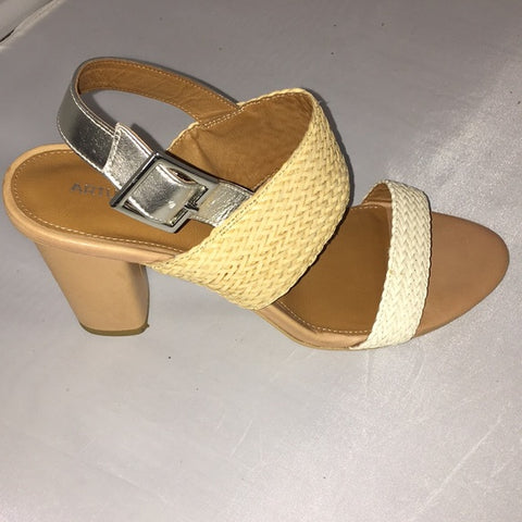 Arturo Chiang Woven Sandals Chunky Heel